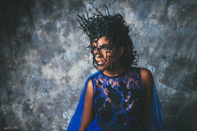 Blue Shadow Fine Art photographer and Creative Director Free Spirit Fashion photography fashion Fraise au Loup blue dress antillaise mannequin model creole mask