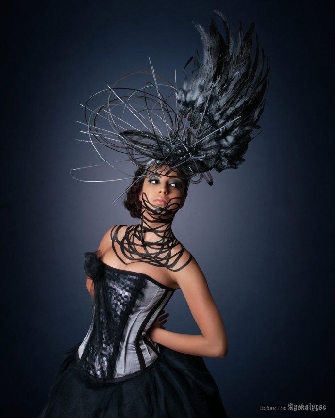 Blue Shadow Fine Art photographer and Creative Director Free Spirit Fashion photography fashion Fraise au Loup headpiece Apokalypse corset noir et gris body art