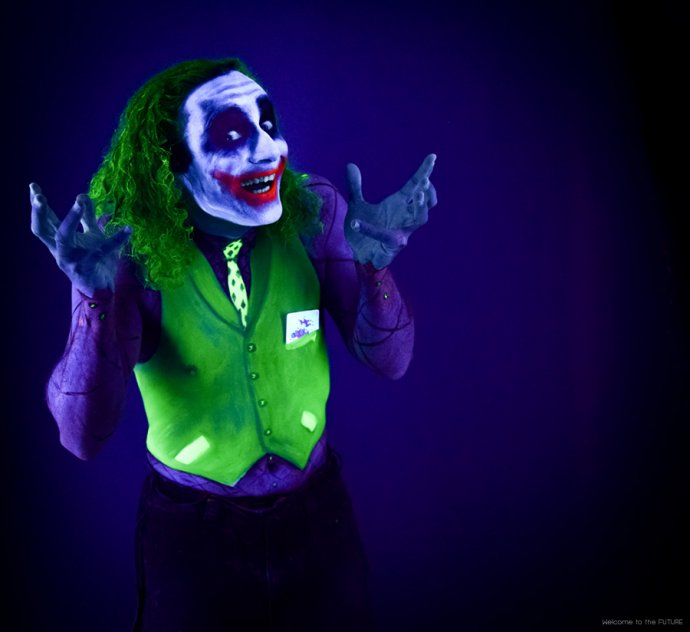 Welcome to the FUTURE project - Blacklight body painting - lumière noire - Bodypainting Photography Joker